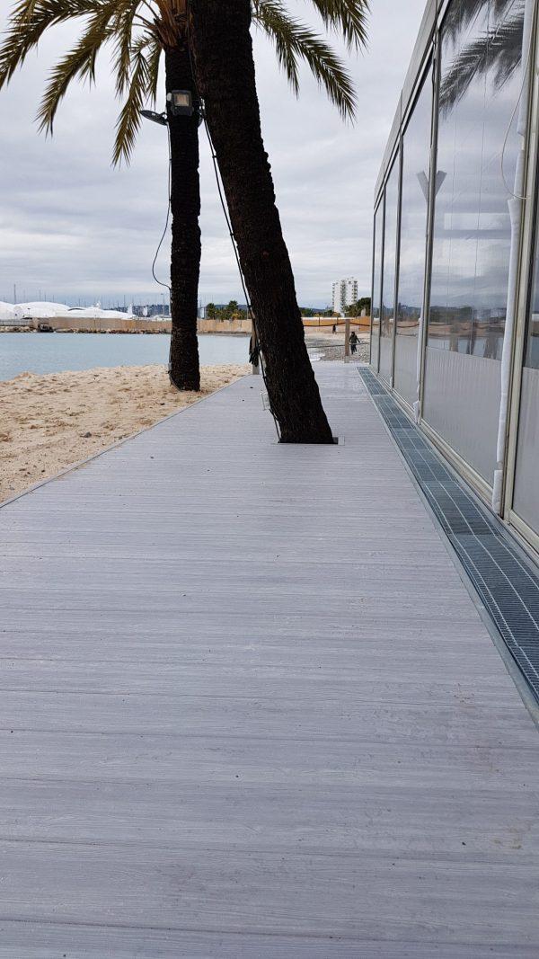 Aluminium Floors by Alu Floors Scandinavia Terrace by the sea