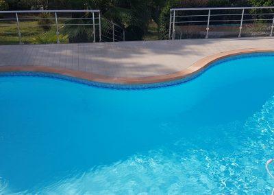 Alu-Floors-Scandinavia Terrasse autour de la piscine