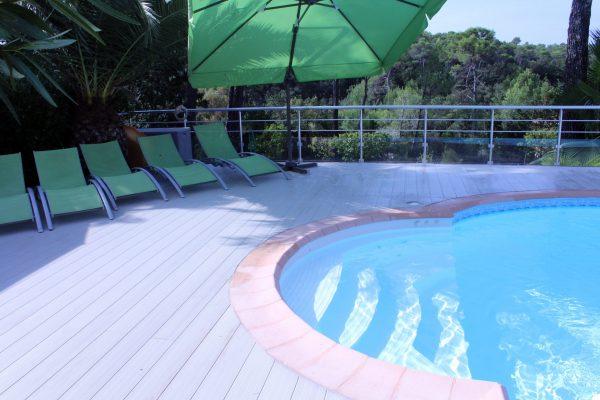 Alu-Floors-Scandinavia terrasse autour de la piscine 1